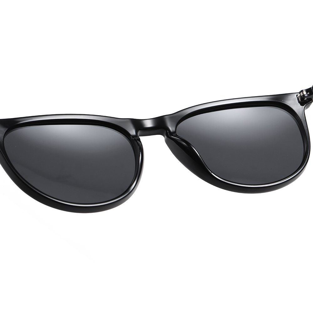 black frame sunglasses with comfort nose pad